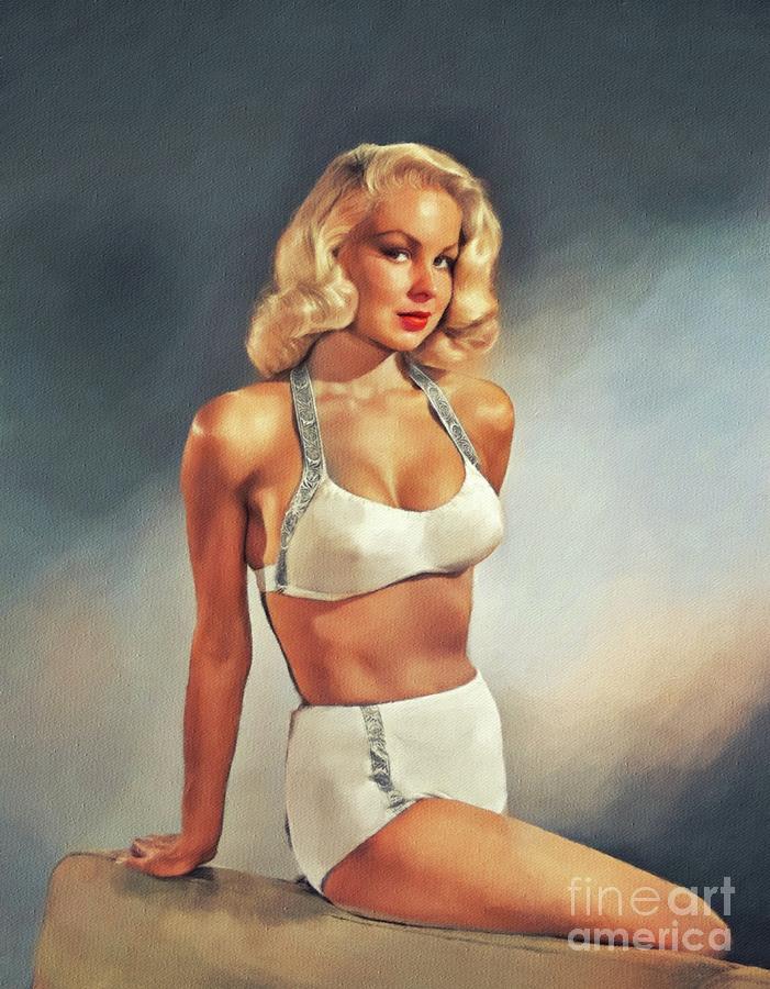 Joi Lansing body measurements