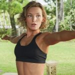 Perdita Weeks body measurements lips facelift