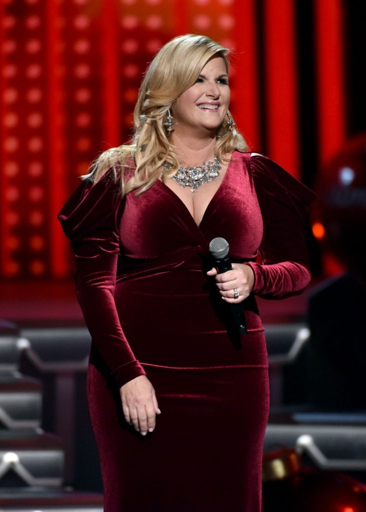 Trisha Yearwood before and after plastic surgery
